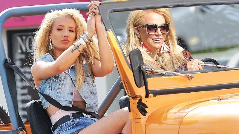 Britney Spears & Iggy Azalea - Pretty Girls:歌詞の日本語和訳